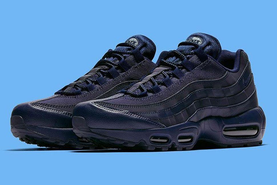 85b038e9eee25 Nike Air Max 95  Midnight Navy  - EU Kicks  Sneaker Magazine