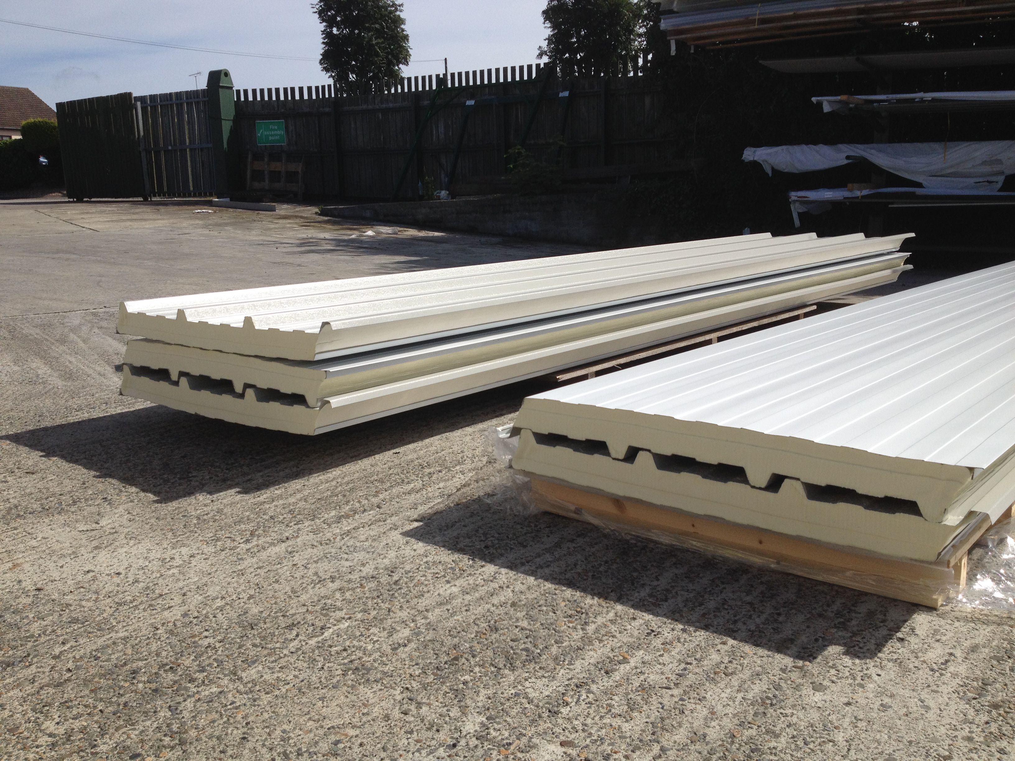 Factory Seconds Insulated Panels, never been used, just slight imperfections but if you see from these sheets, some of them can be like brand new.. Various colours, thicknesses and sizes available. Contact us today +35342 9376314 or info@oconnorroofing.ie