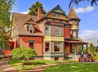 Most Expensive Homes In Seattle Photos And Prices Zillow Victorian Homes Queen Anne House Mansions