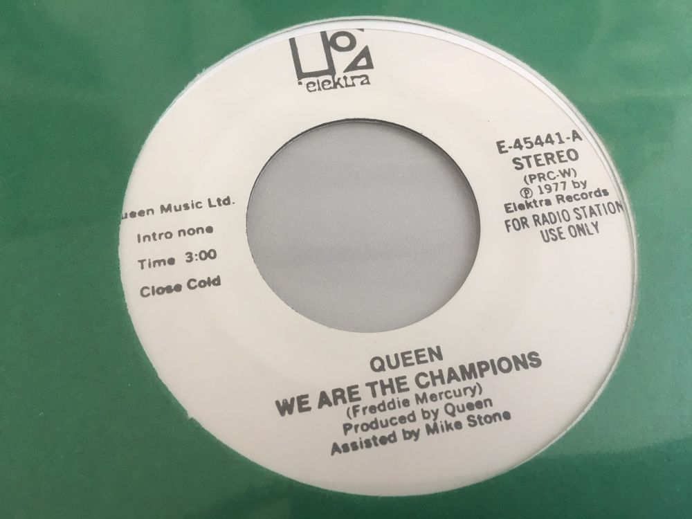 Queen - We are the champions  - USA - white label promo mono / stereo PRC-W