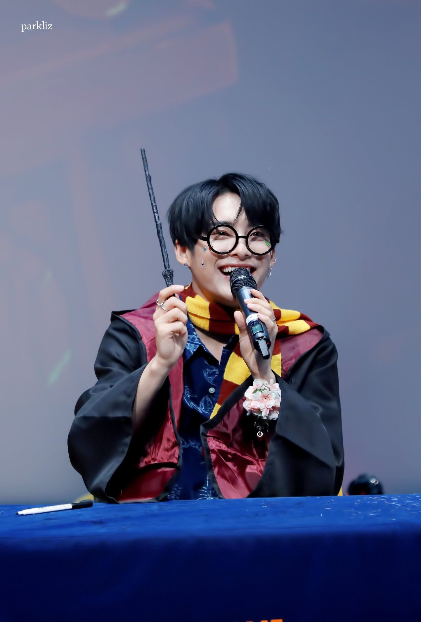 No Wonder He S My Bias Gryffindors Have Always Caught My Attention Even If I M A Slytherin Myself Cx Ace Handsome Faces Boy Bands