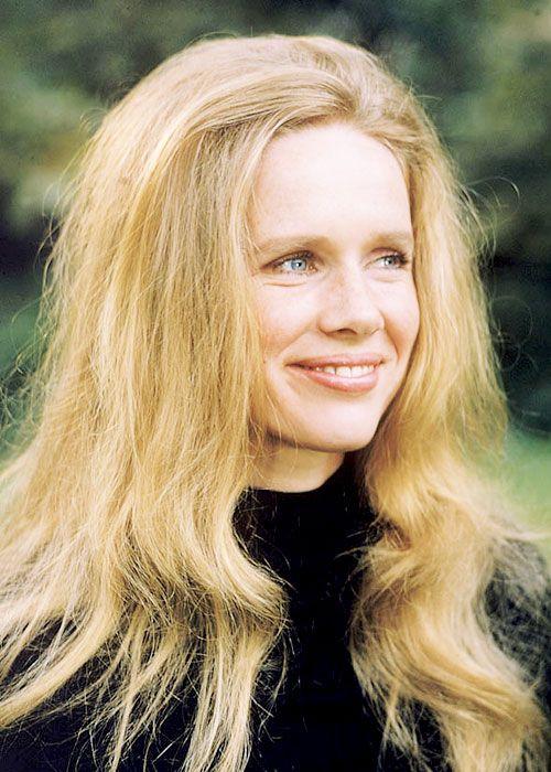 Mabellonghetti Liv Ullmann Photographed By Julian Wasser 1974