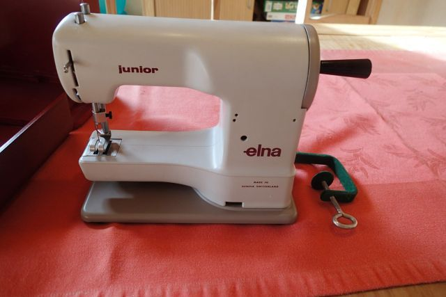 Elna Junior Vorderansicht Sewing Machines Sewing Lotus Beauteous Elna Junior Sewing Machine