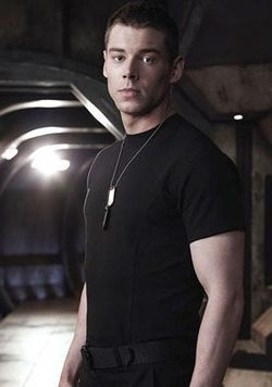 Brian J Smith As Matthew Scott Stargate Universe Stargate Universe Stargate J Smith