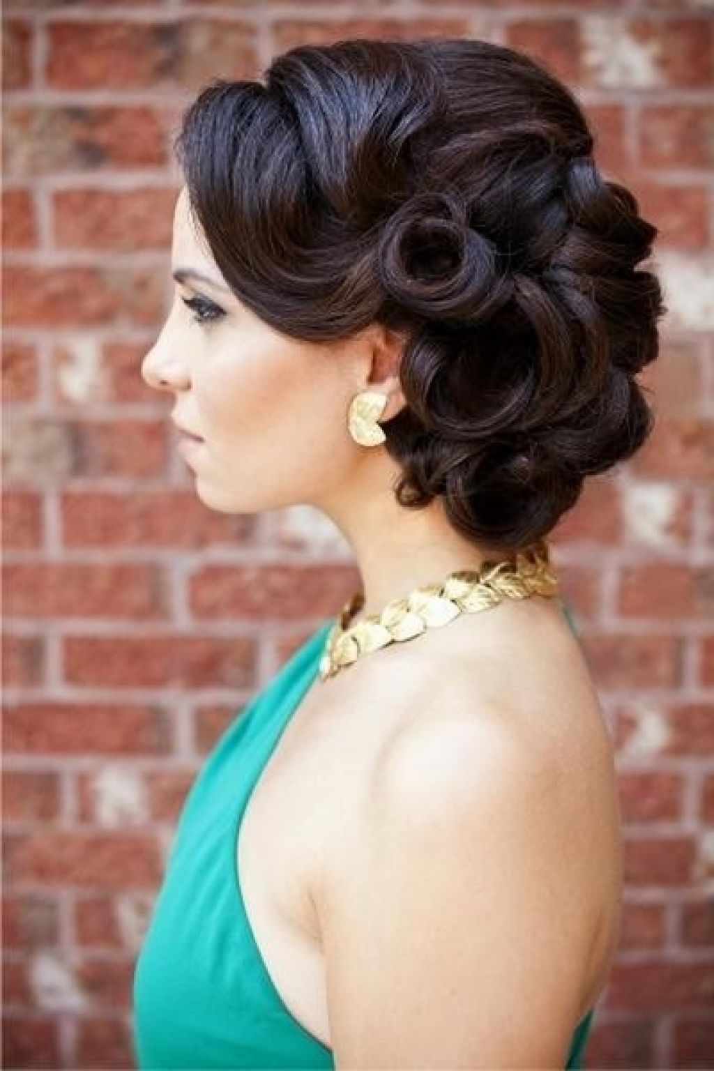 vintage wedding updos long