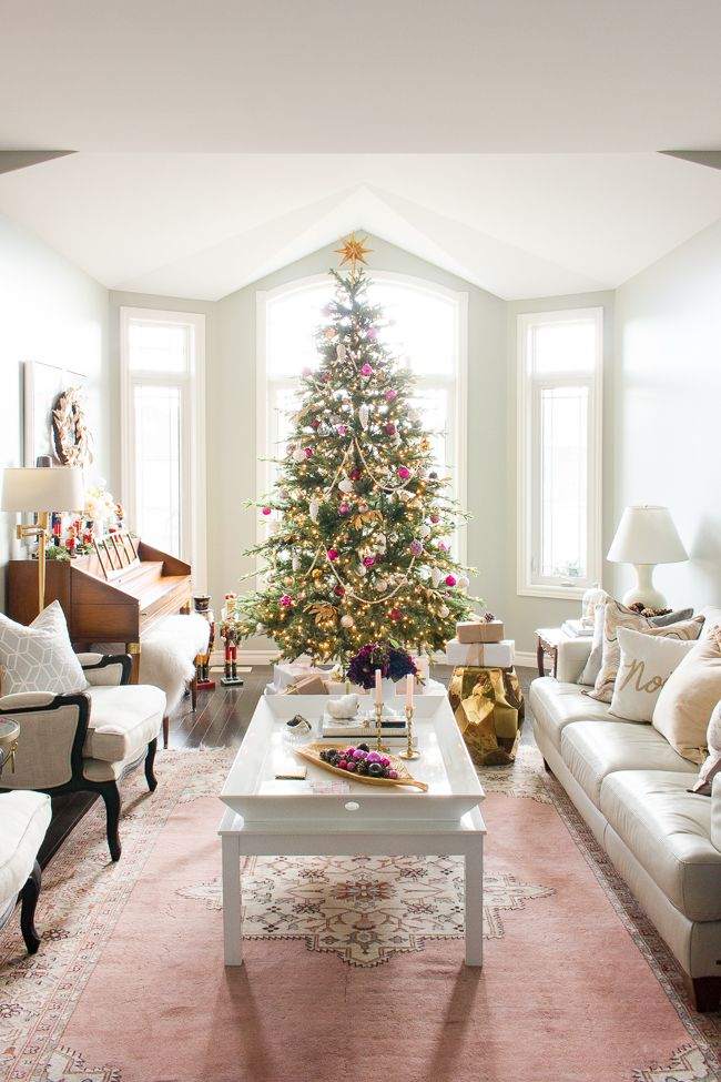 Living Room Decorated For The Holidays Home Decor