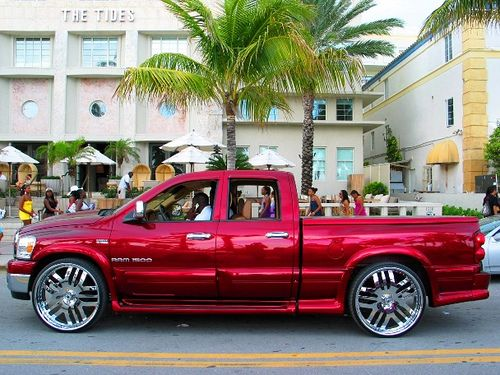 The Tides Red Dodge Ram Crimson Chrome Rims Dubs Spinners Rimz 28 S 26 S 24 S Spinnerz Deuce Spinnaz Candy Coated 2oo9 Jimmy Rocker Photography Cool Cars Chevy Trucks Silverado Dream Cars Jeep