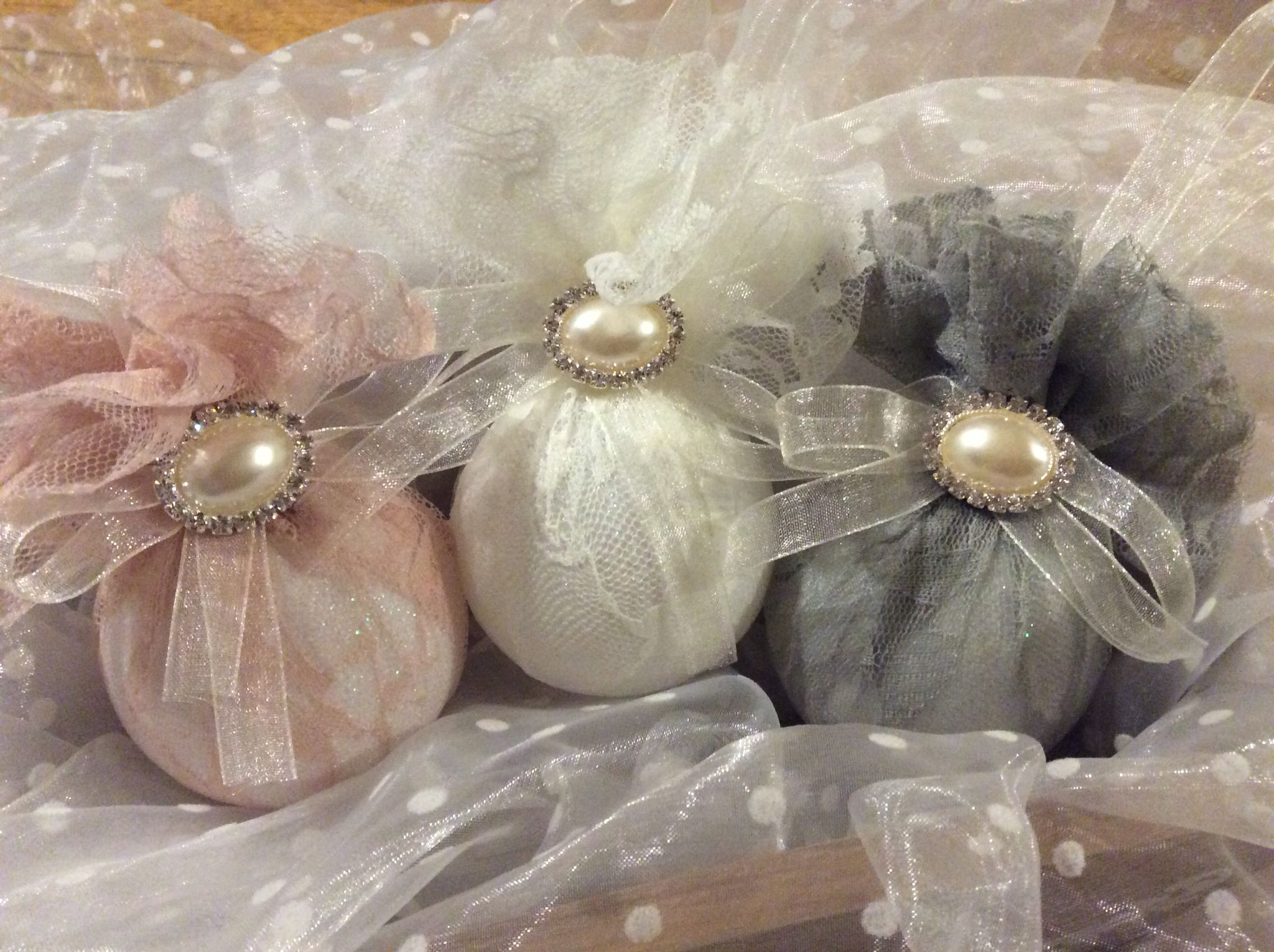 handmade shabby chic lace christmas baubles shabby chic xmas shabby chic ornaments shabby chic - Handmade Shabby Chic Christmas Decorations