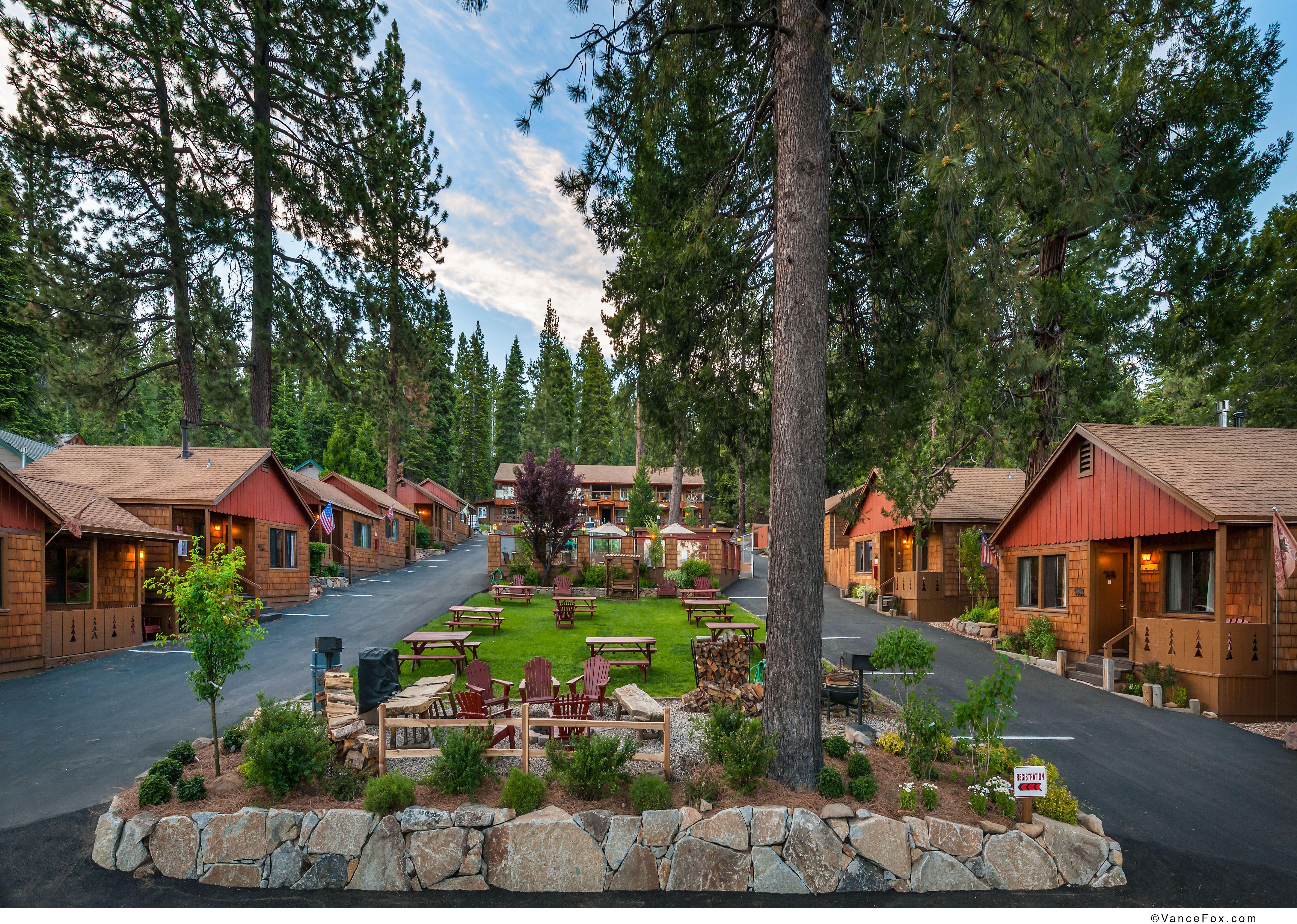 Lake Tahoe, Ca Wwwtahoecedarglencom Cedar Glen Lodge Is A Newly