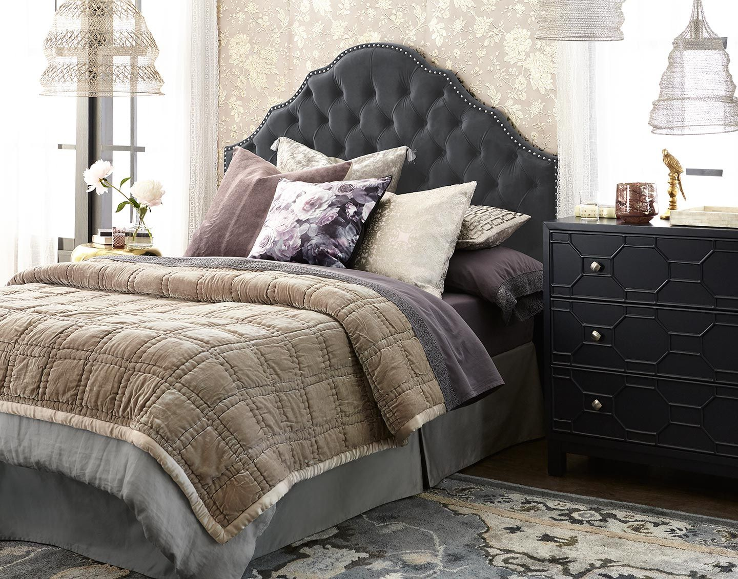 DECORATE AND ENTERTAIN WITH FALL FLAIR Textured bedding