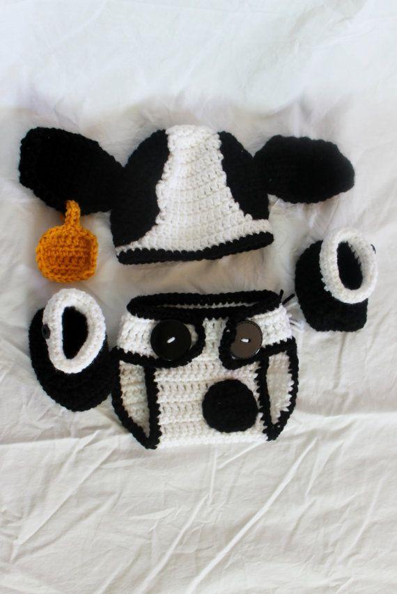 Crochet Cow Infant Set Hat Diaper Cover Booties by KrazyKrochetin ... 687012304d3