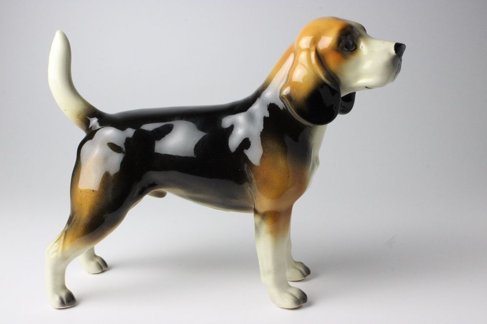 Tricolor Beagle Porcelain Figurine Glossy Ceramic Standing Dog NEW Japan