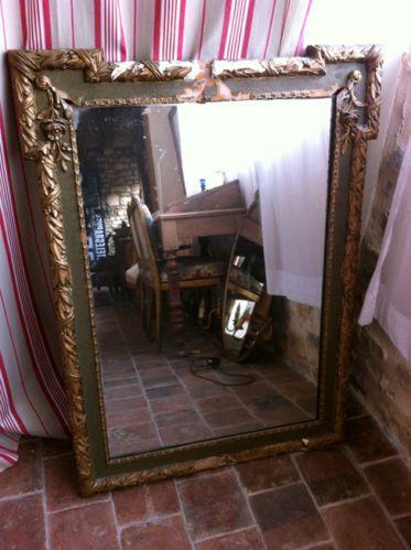 Miroir ancien au mercure cadre stuc dore a restaurer for Miroir au mercure