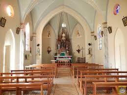 Resultado de imagem para interior de capelas