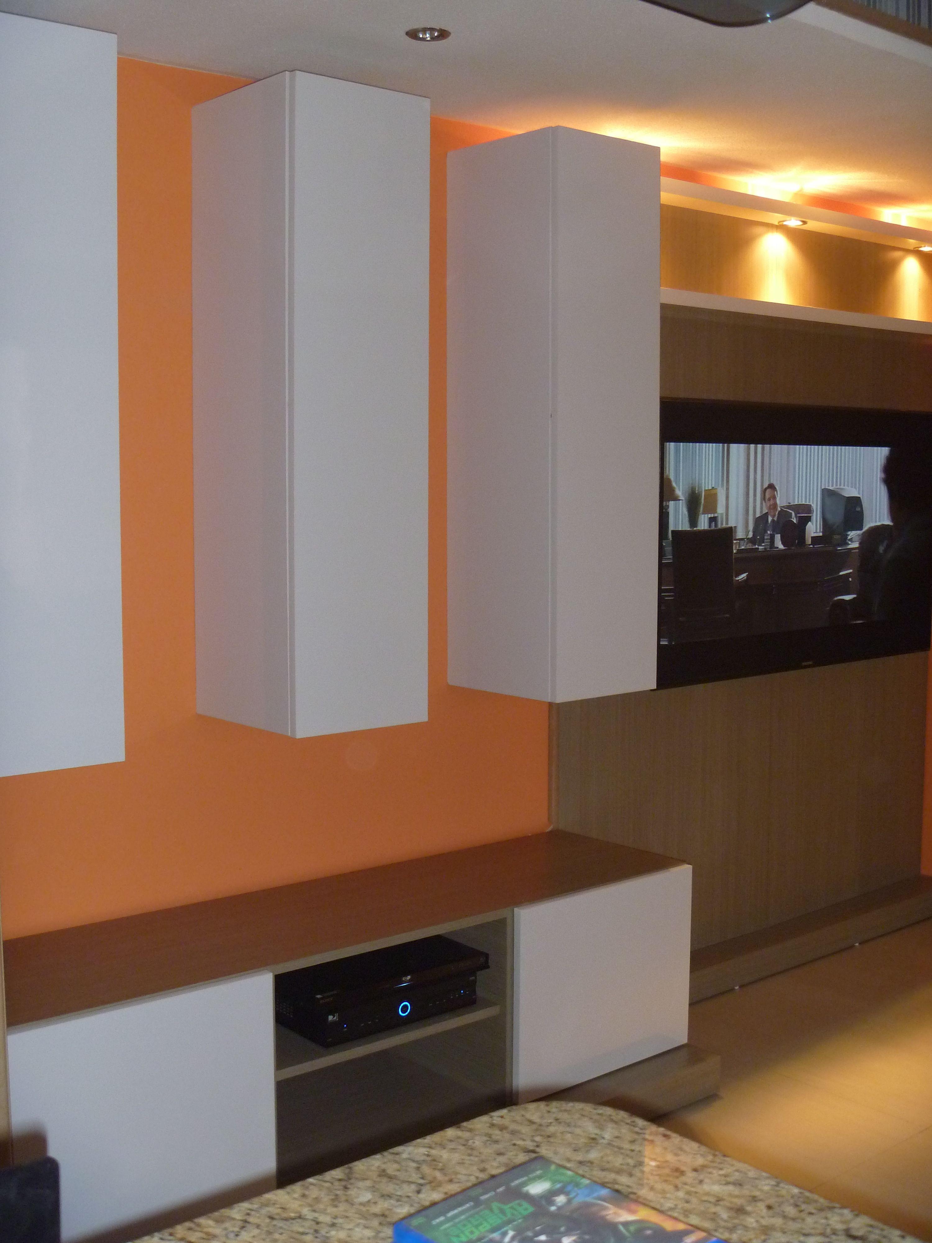 Mueble para tv en laminado blanco alto brillo,sin tiradores, sistema ...