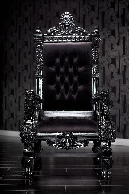 4061 BLACK LACQUER BAROQUE THRONE CHAIR : Throne chair, Rockers and Black