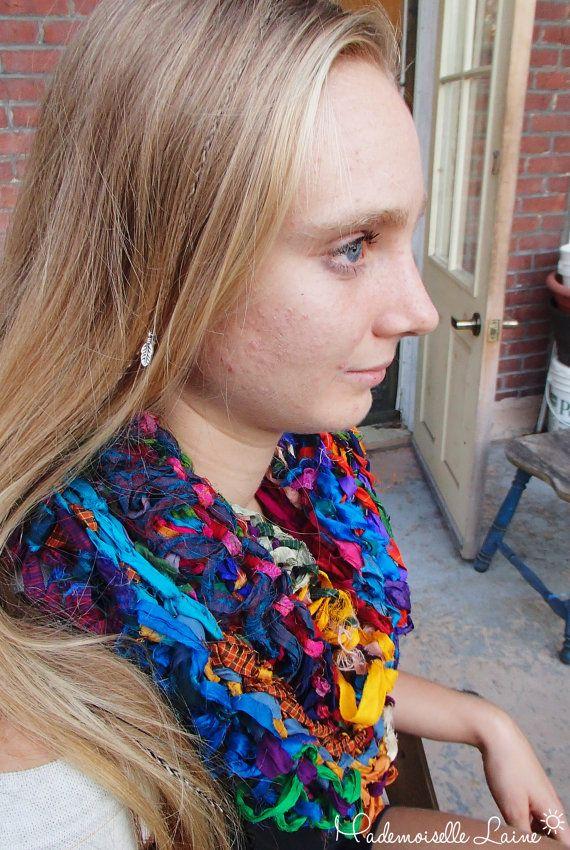 Infinity multicolored sari silk scarf par MademoiselleLaine sur Etsy