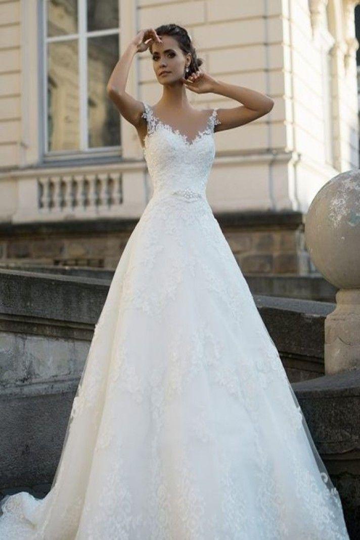 3d9923344535 Sognare Uomo Con Abito Da Sposa Bridal   Verel abito da sposa con spalline  di pizzo