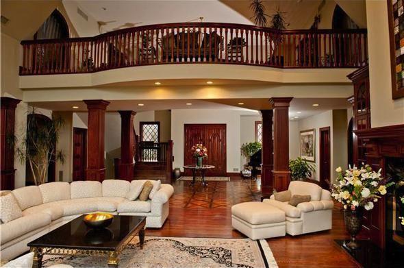 Big House Inside at the moment • image via we heart it #classy #design #diamond