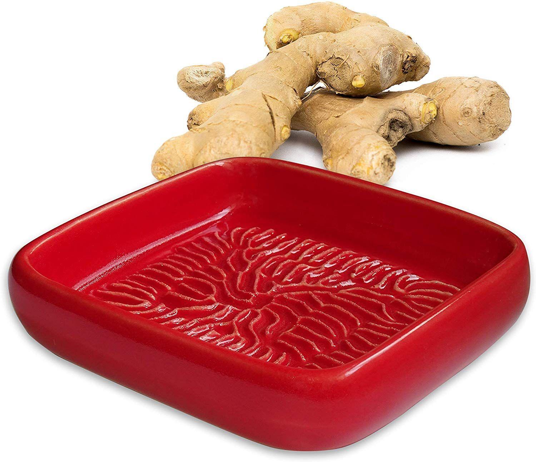 Anckeramic Ceramico Reibe Rot Handwerklich Gefertigte Keramik Reibe Aus Finnland Geeignet Zum Reiben Jedes Essbaren Produktes Wie In 2020 Ingwerreibe Reibe Parmesan