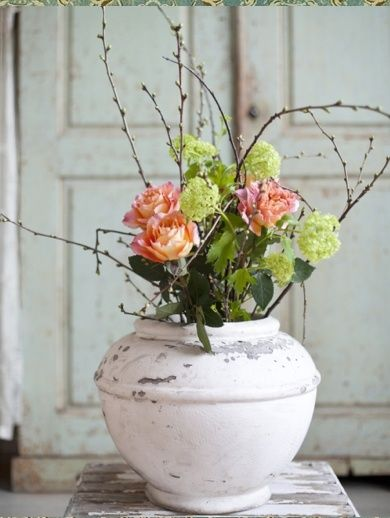 shabby chic floral arrangements enjoy these great ideas for rh pinterest com shabby chic flower centerpieces shabby chic flower arrangements pinterest