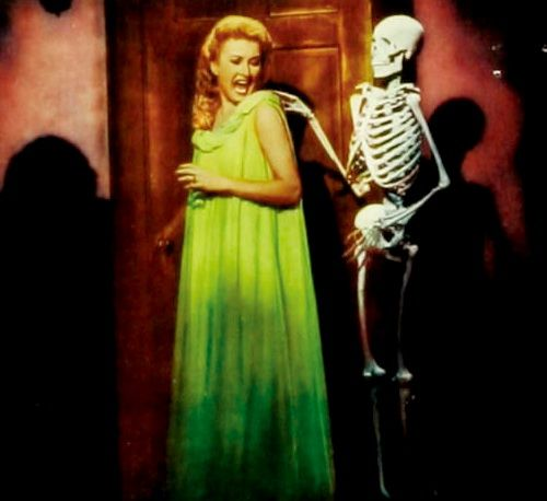 """House on Haunted Hill"" (1959) - Annabelle Loren (Carol Ohmart) gets a fright"