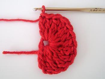 Como fazer um mini coração de crochê - Vila do Artesão