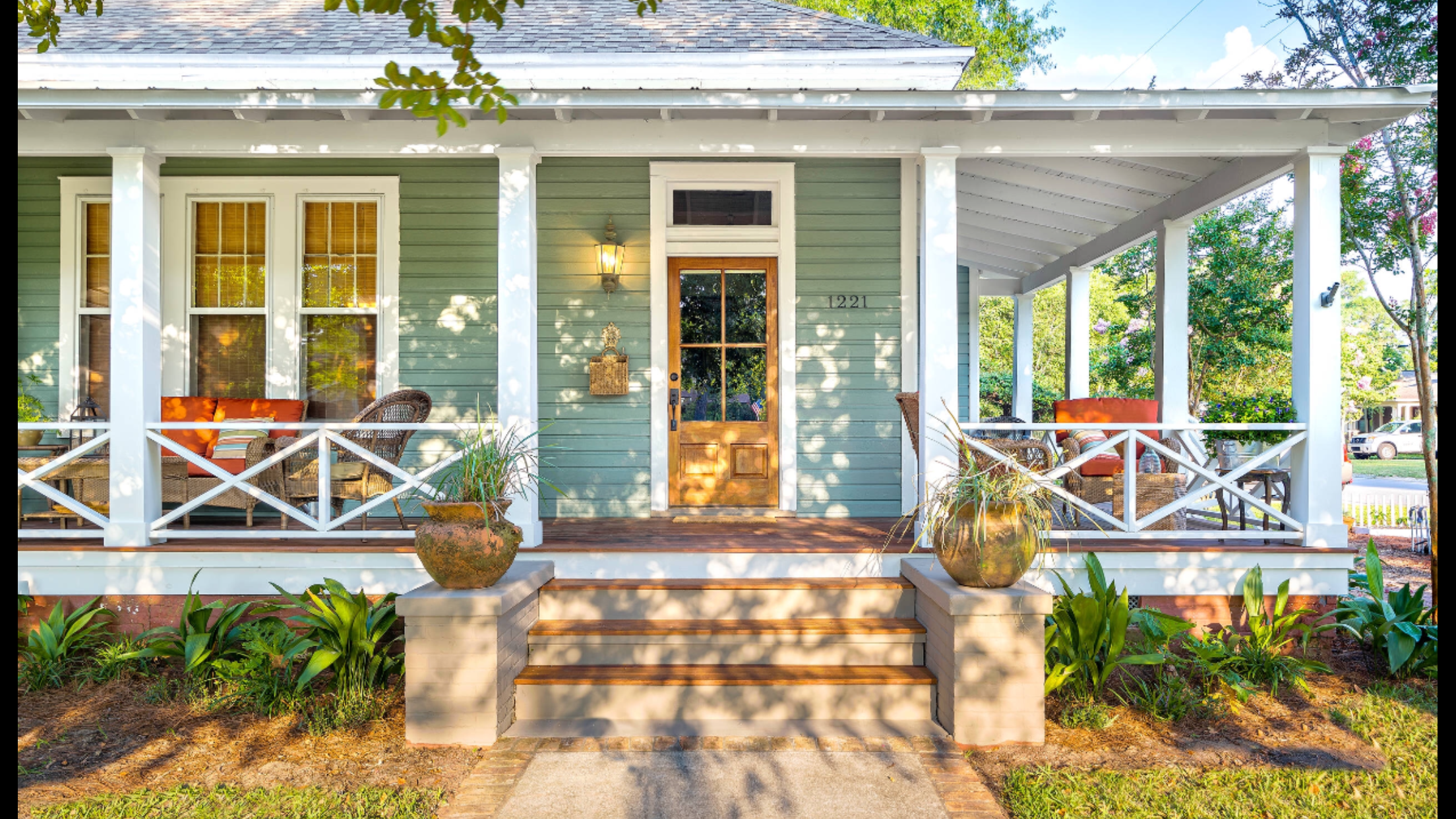 Beautiful Front Porch Found On Houzz Com Dalrymple Sallis