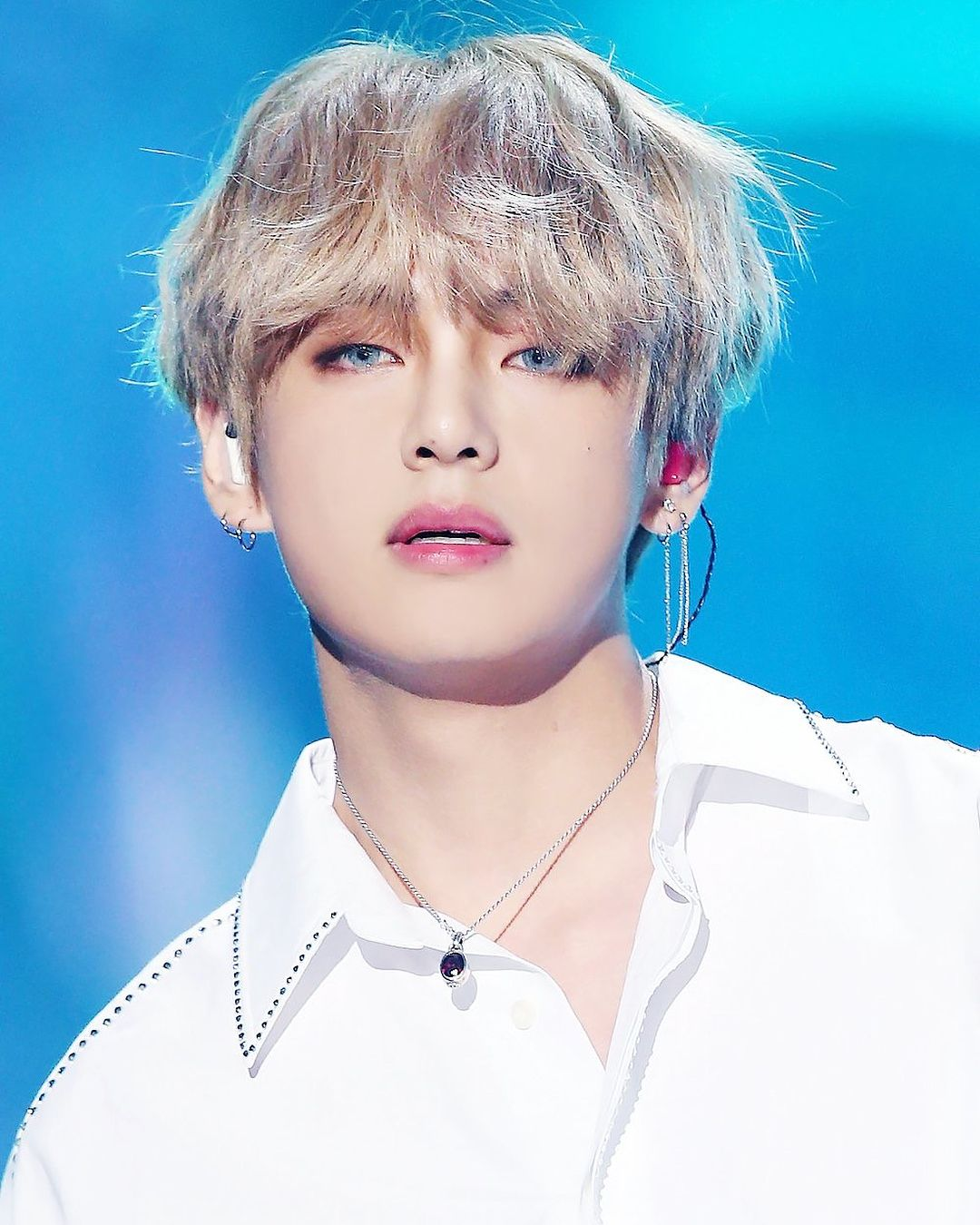 Most Handsome K Pop Male Idols Bts V Kim Tae Hyung Kpop K Pop Music K Pop Boy Groups Best K Pop Boy Bands Top K Pop Bts Taehyung Taehyung Bts V