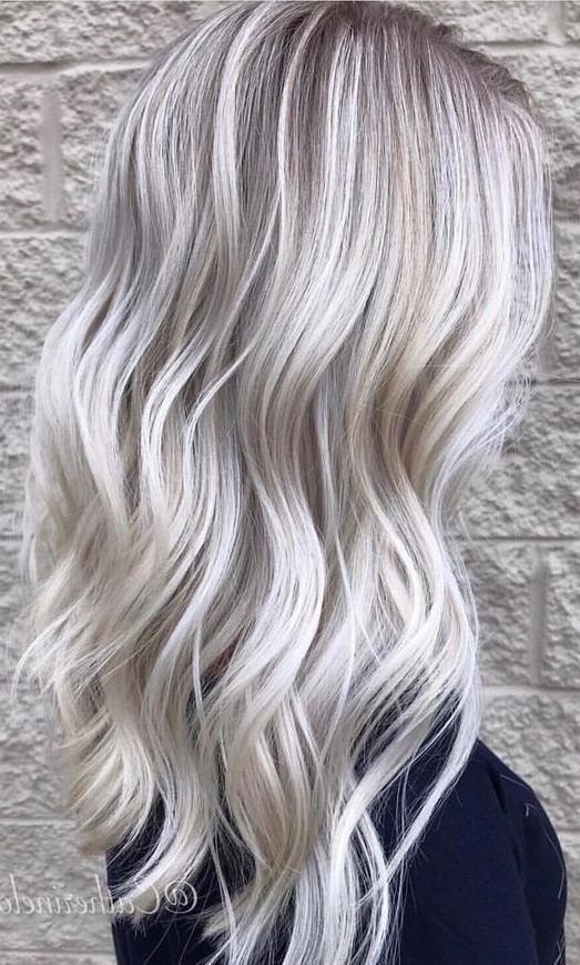 21 Bright Blonde Hair Color Ideas for Short Haircuts - Explore Dream Discover Blog