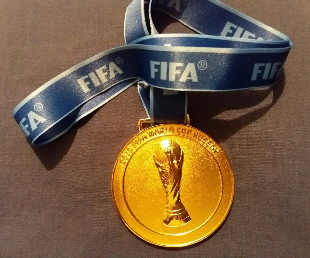 2018 Russia Fifa Football World Cup Gold Medal Replica Souvenir 160 Grams Uk Ebay