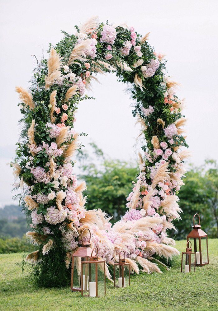 Tahoe Wedding Altar Ideas In 2020 Wedding Altars Wedding Arch Wedding Flower Guide