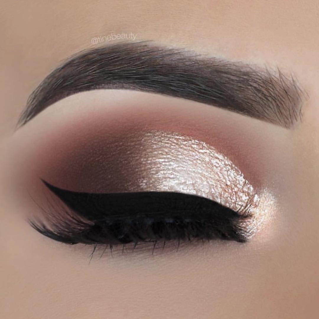41 Beautiful eye makeup looks amazing and inspiring - gold eyeshadow #eyemakeup #makeup #glammakeup