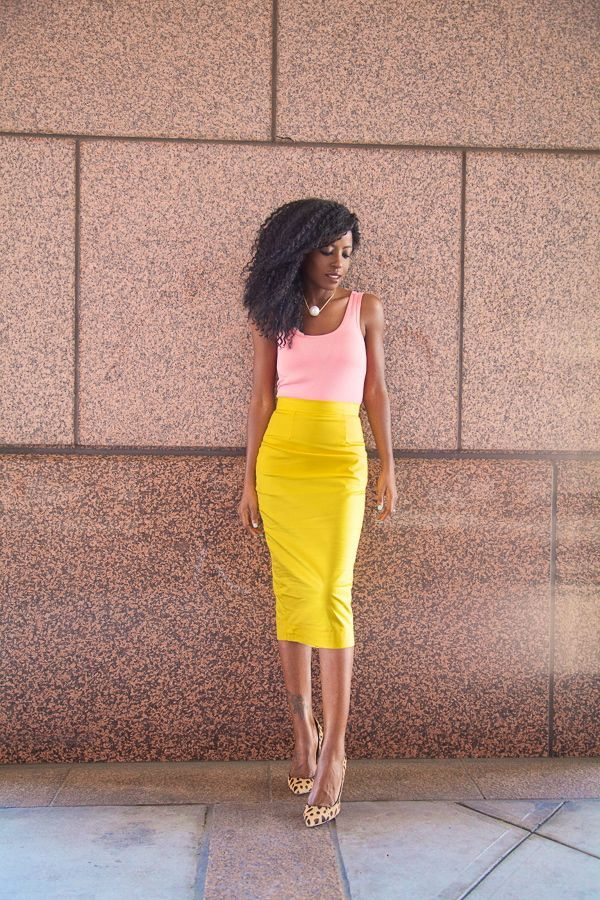 a4e7c88fe7e Beware the summer heat waves that can climb well above the 90s. Keep your look  professional (even if you feel like you re melting) with a simple  sleeveless ...