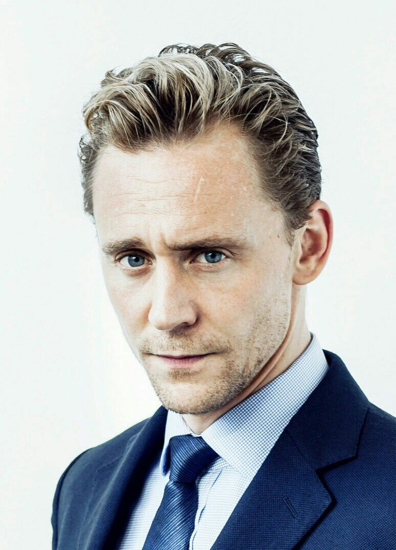 Pin von Sarah auf tom (twh)   Hiddleston, Ische