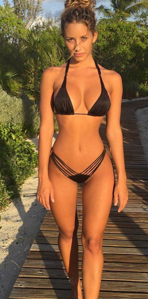 girls bikinis Bad in