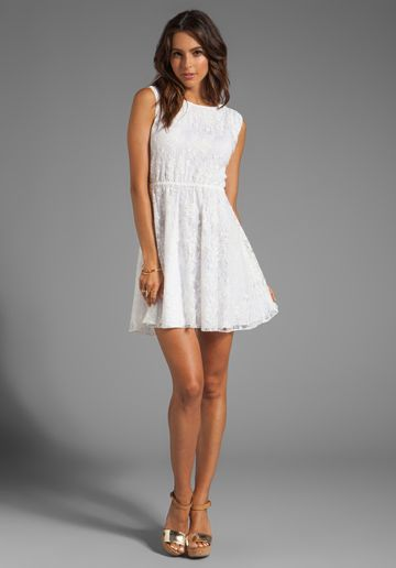5829dfb9f ALICE + OLIVIA Eston Back Tie Flowy Dress in White - Alice + Olivia Vestidos  Casuales