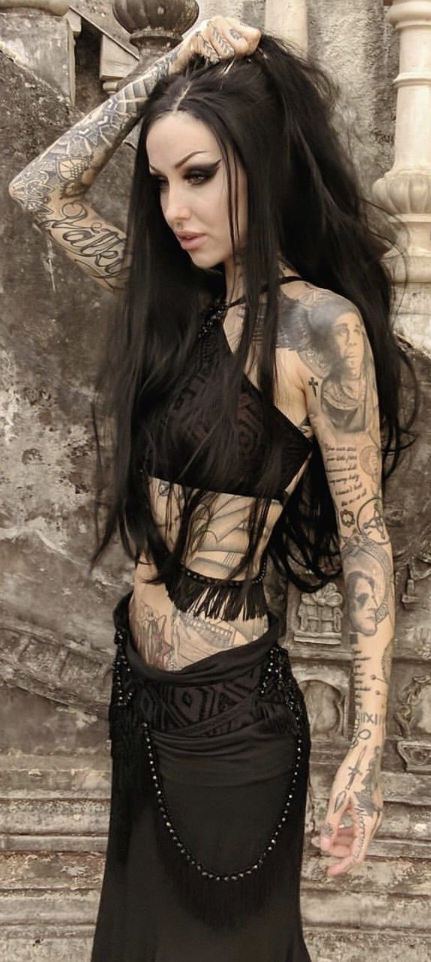 Ꭰєѕιяєє tatted goth gothic