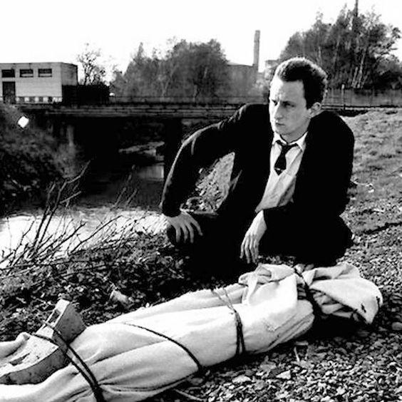 Remy Belvaux - Man Bites Dog (1992)