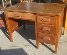 Antique Wood School Teacher S Desk Almost Exactly Like Mine But Is In Much Better Condition