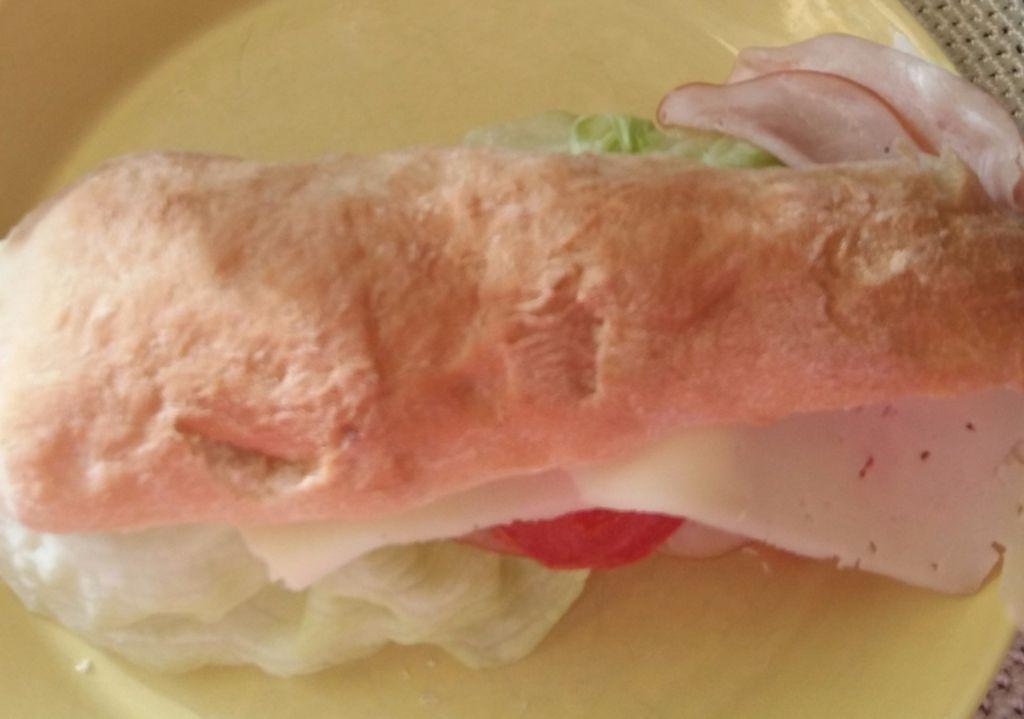 FOOD SelfMADE&BAKE. BAQUETTE. KINKKU-JUUSTO PATONKI Lounas, ILTA-Pala  LoVe&ENJOY. RECOMMENDED. Smile