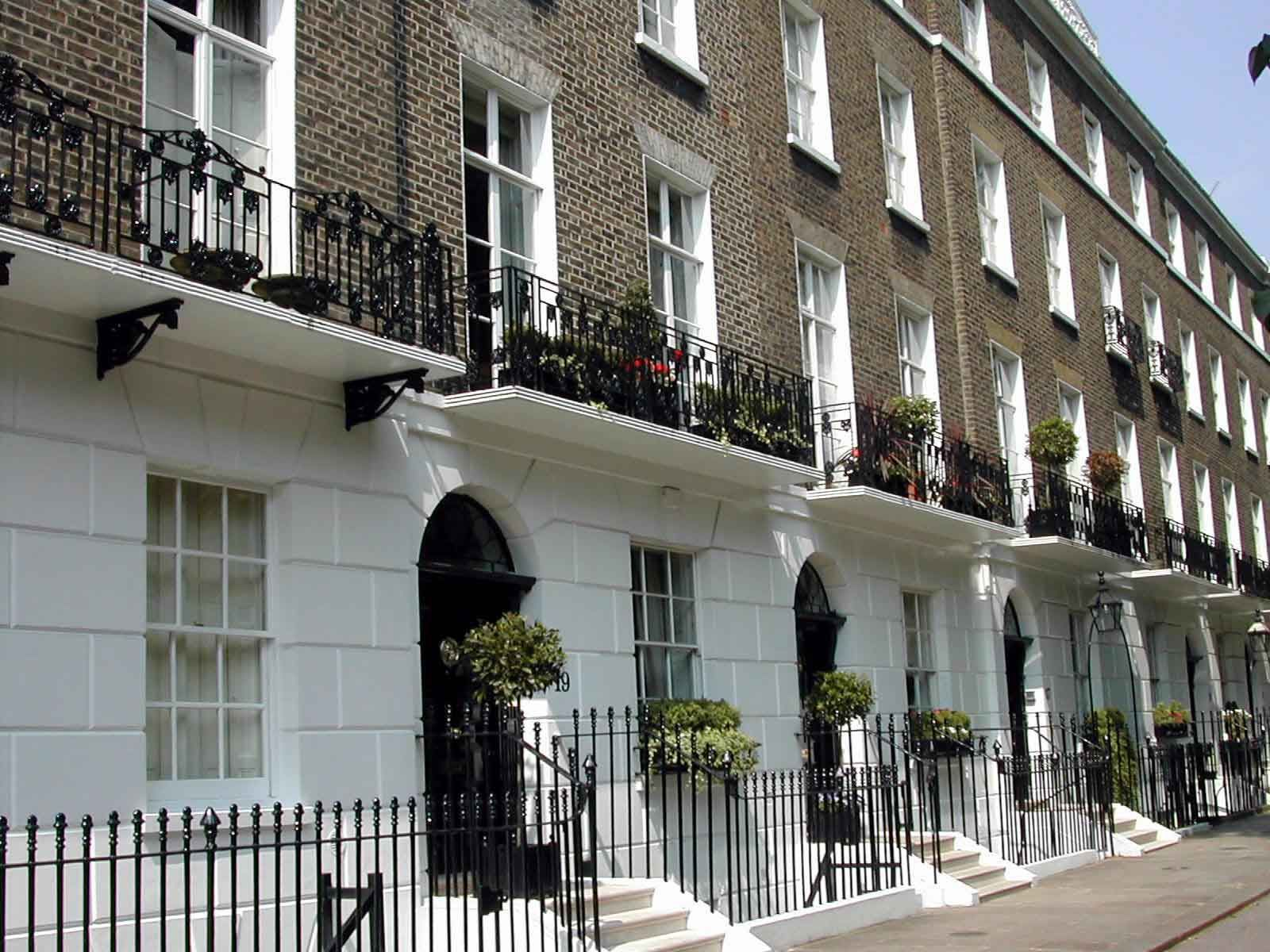London townhouse city living pinterest london for Townhouse architectural styles