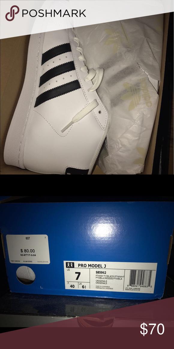 ¡Price Drop!Hombre Adidas pro model J Brand New en caja original adidas