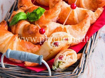 Cornetti-salame-ricotta-mozzarella