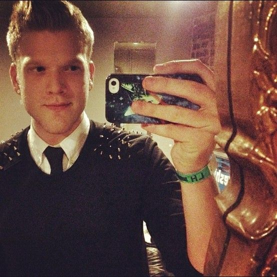 Scotty before concert