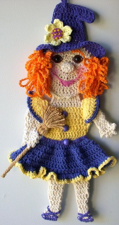 Crochet Good Witch, wall deco, by Jerre Lollman