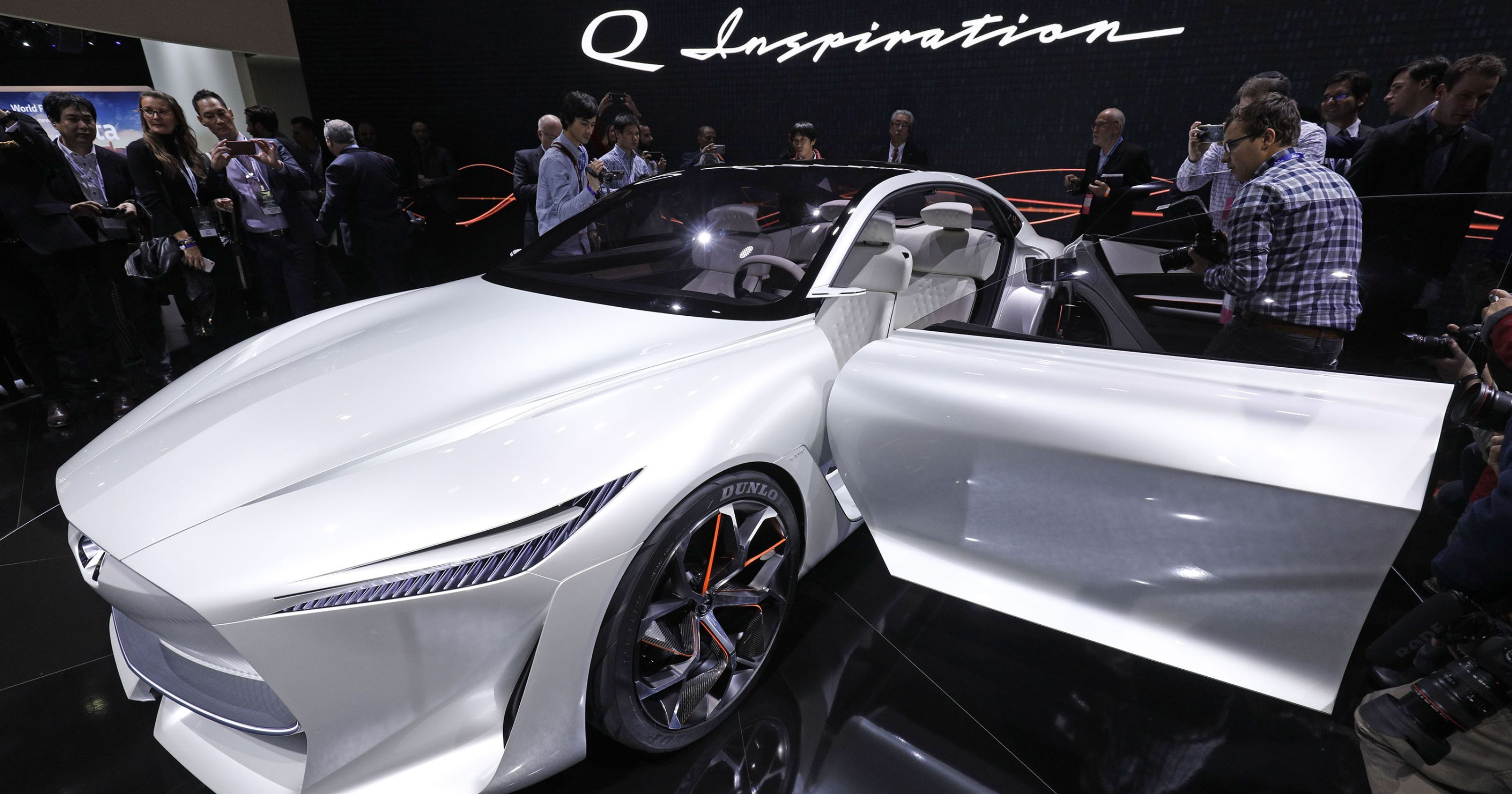 Nissan Ceo Infiniti Luxury Brand To Switch To Electric Cars