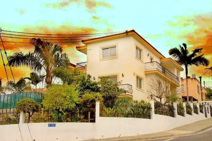 VILLA FOR SALE AYIOS ATHANASIOS LIMASSOL CYPRUS - Cyprus Buy Properties #Cyprus #Limassol #RealEstate #Investors #Propertyforsale #property #Limassolproperties #PropertiesinLimassol #EuCitizenship #EuropeanPassport #CyprusPassport #PropertiesinCyprus #Business #PermanentresidencepermitvisainCyprus #Investment #LuxuryRealEstate #dubai #emirates #Limassolvillas