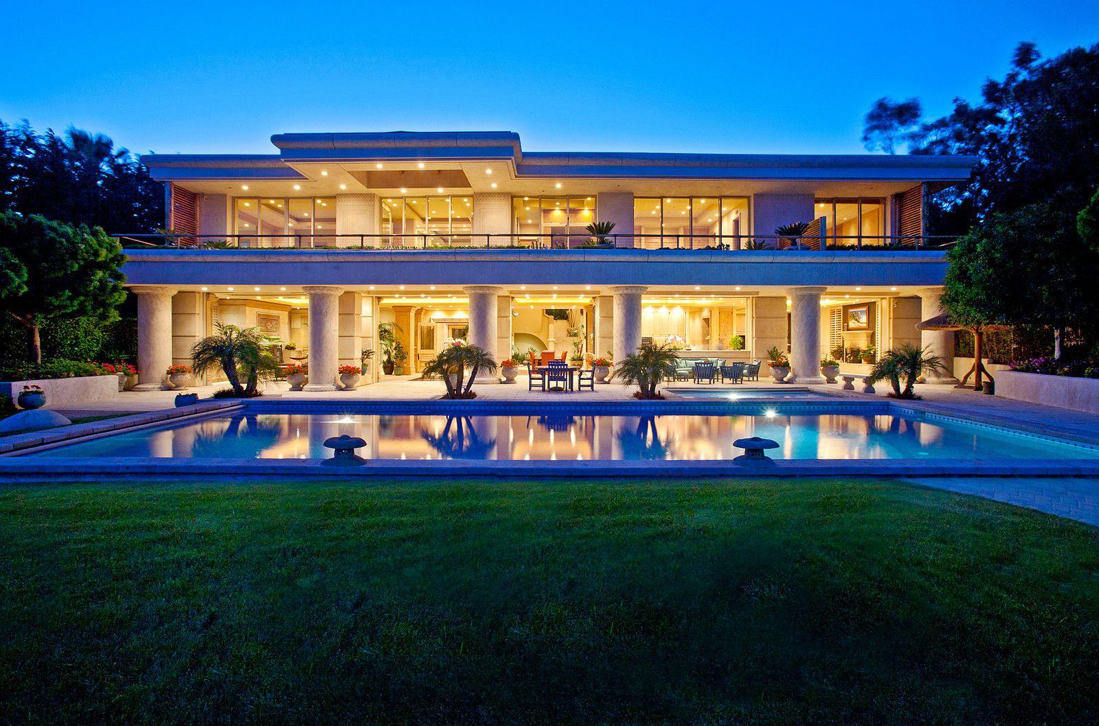 malibu real estate agent luxury beach homes in malibu chris cortazzo dream homes pinterest. Black Bedroom Furniture Sets. Home Design Ideas