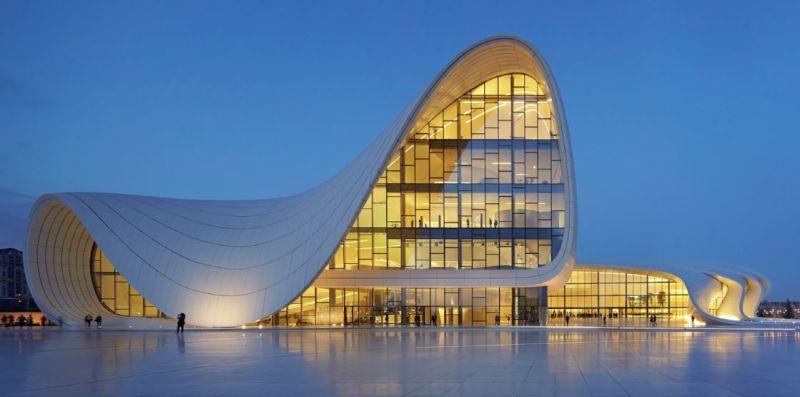 مركز حيدر علييف بمدينة باكو في أذربيجان Zaha Hadid Zaha Hadid Architects Architecture Building